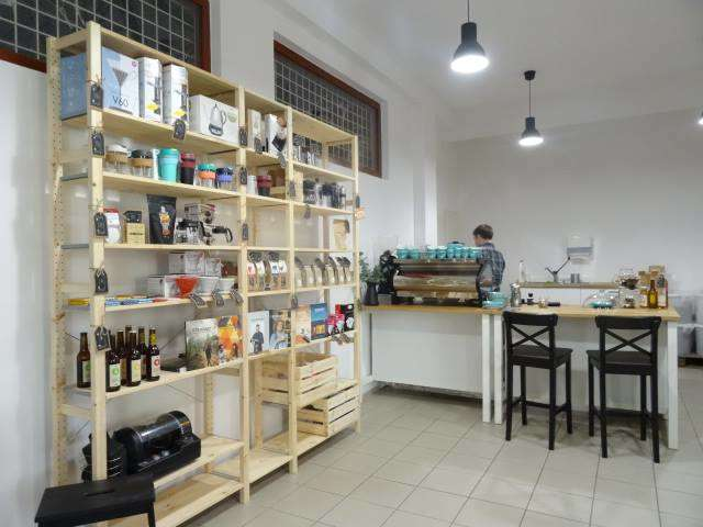 Amáres coffee & First crack coffee